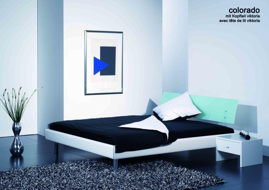 sie haben r ckenschmerzen im wasserbett tipps und tricks. Black Bedroom Furniture Sets. Home Design Ideas