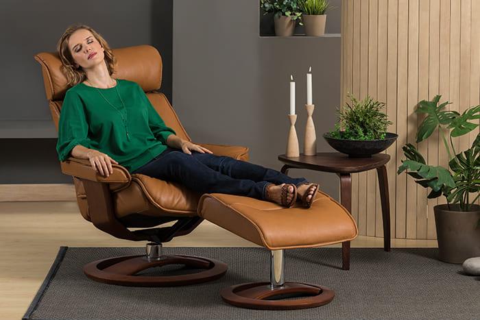 Cortina Sessel von IMG Comfort - Relaxsessel mit Hocker   Merz Couch